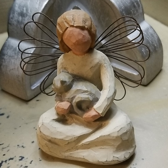 Willow Tree   Angel of Kindness